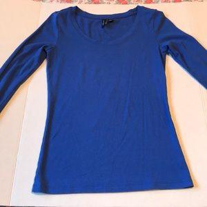 Tops - Cynthia Rowley blue scoop neck top Medium